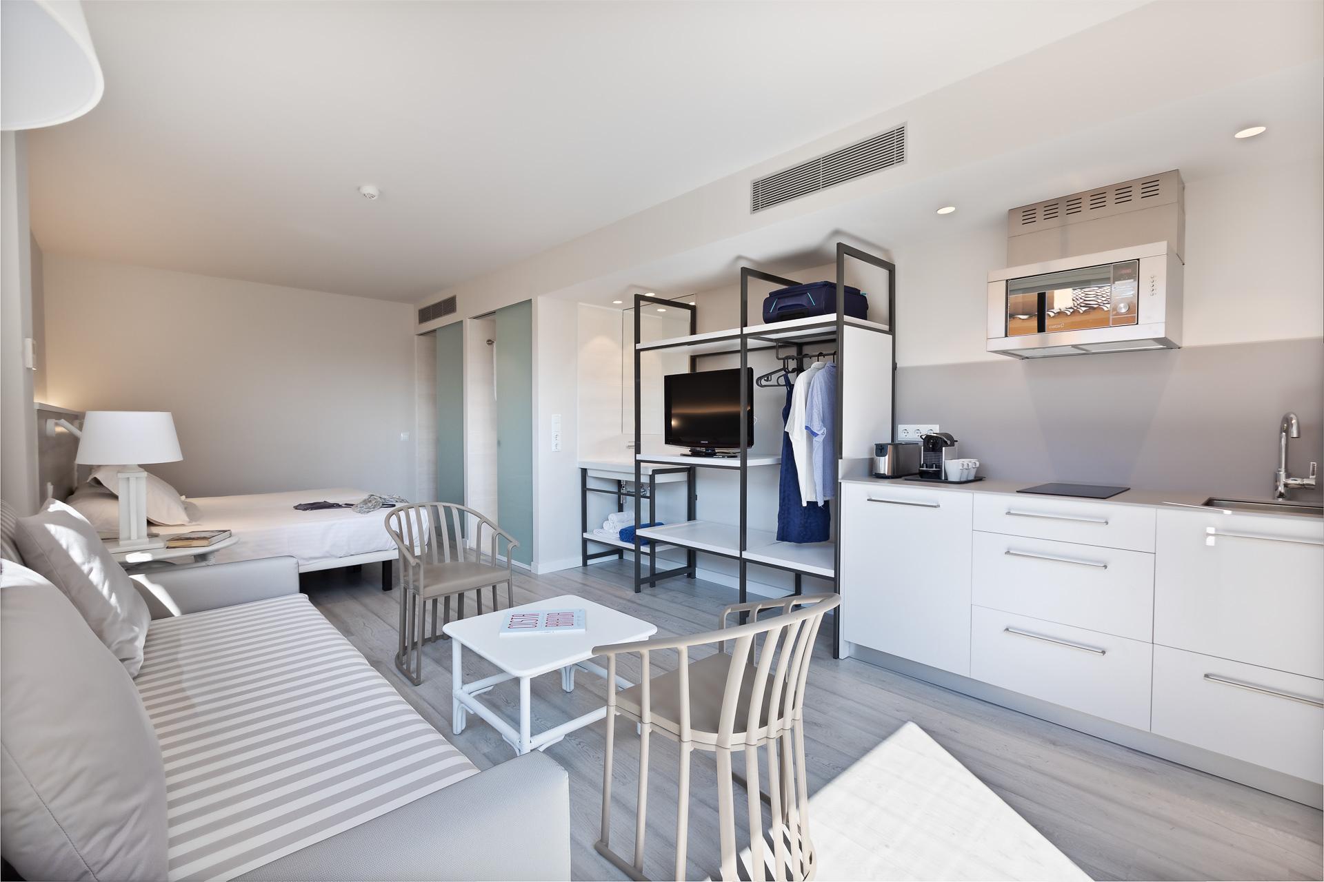 Bungalow À Pals, Costa Brava, Espagne | Apartaments Golf pour Bungalow De Jardin Design
