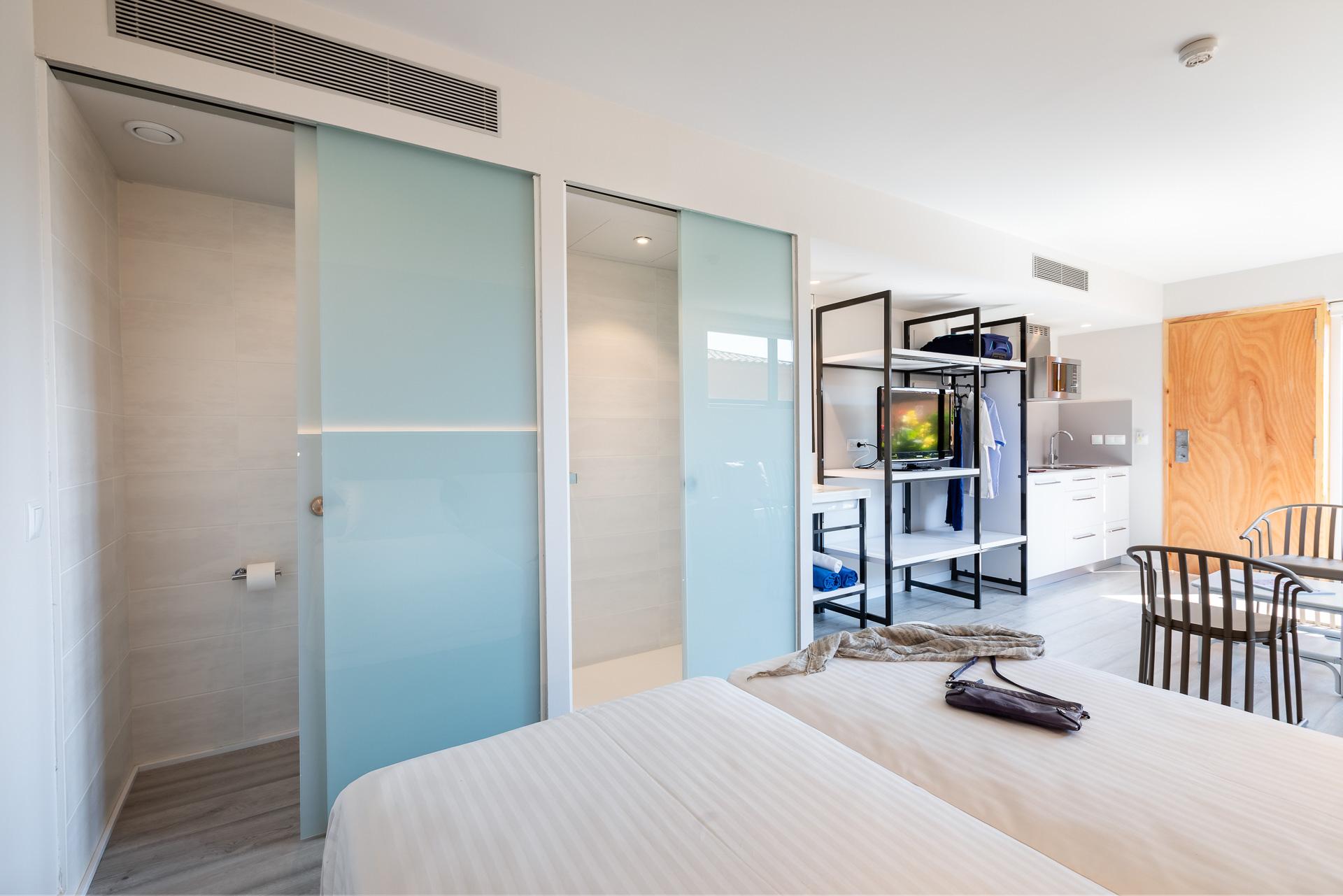 Bungalow À Pals, Costa Brava, Espagne | Apartaments Golf tout Bungalow De Jardin Design