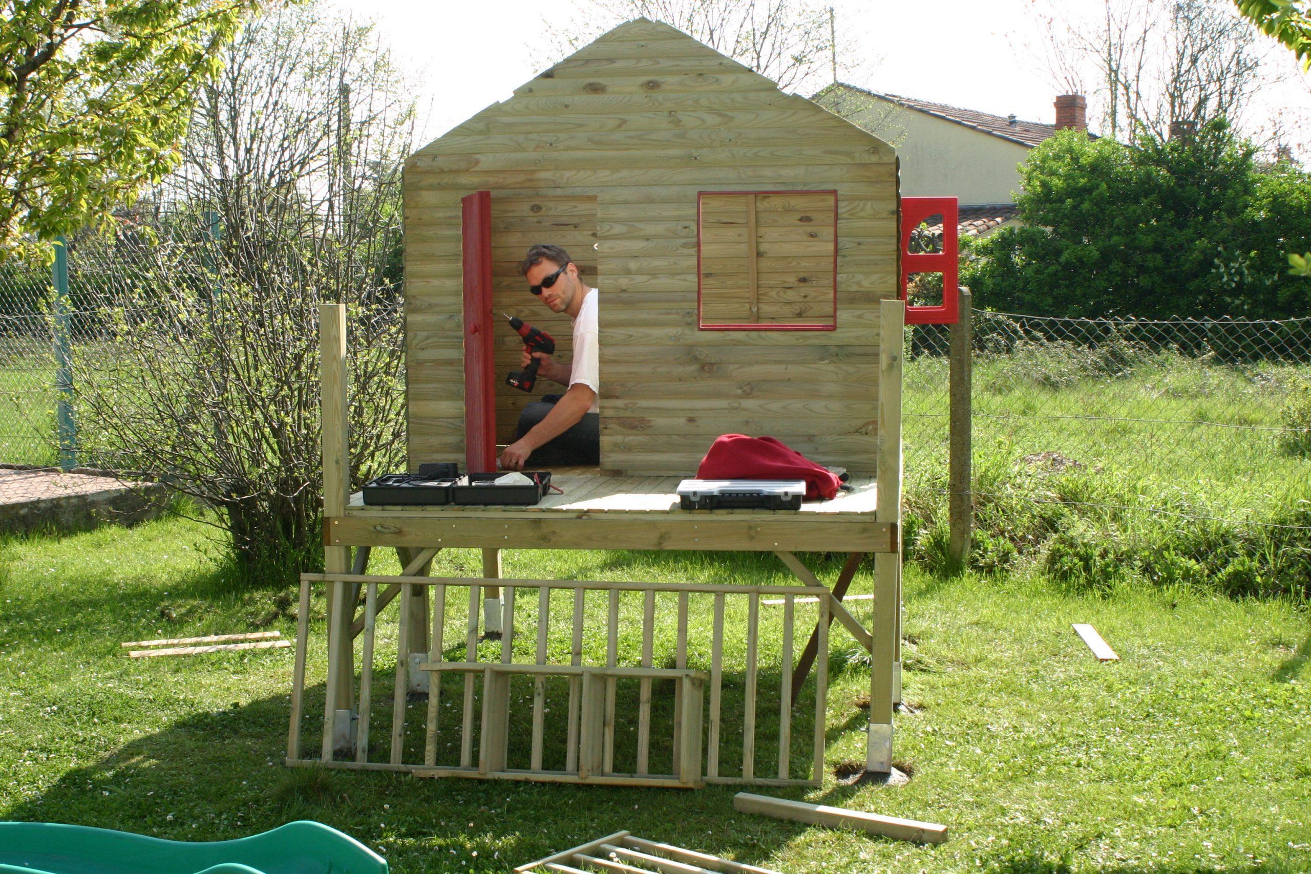 Cabane De Jardin Pour Les Enfants | Nos Rénos Décos à Maison De Jardin Pour Enfant