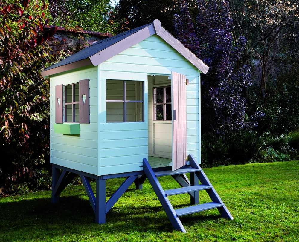 Cabane En Bois Pour Enfant Sur Pilotis Peinte En Gris Taupe ... destiné Peinture Abri De Jardin