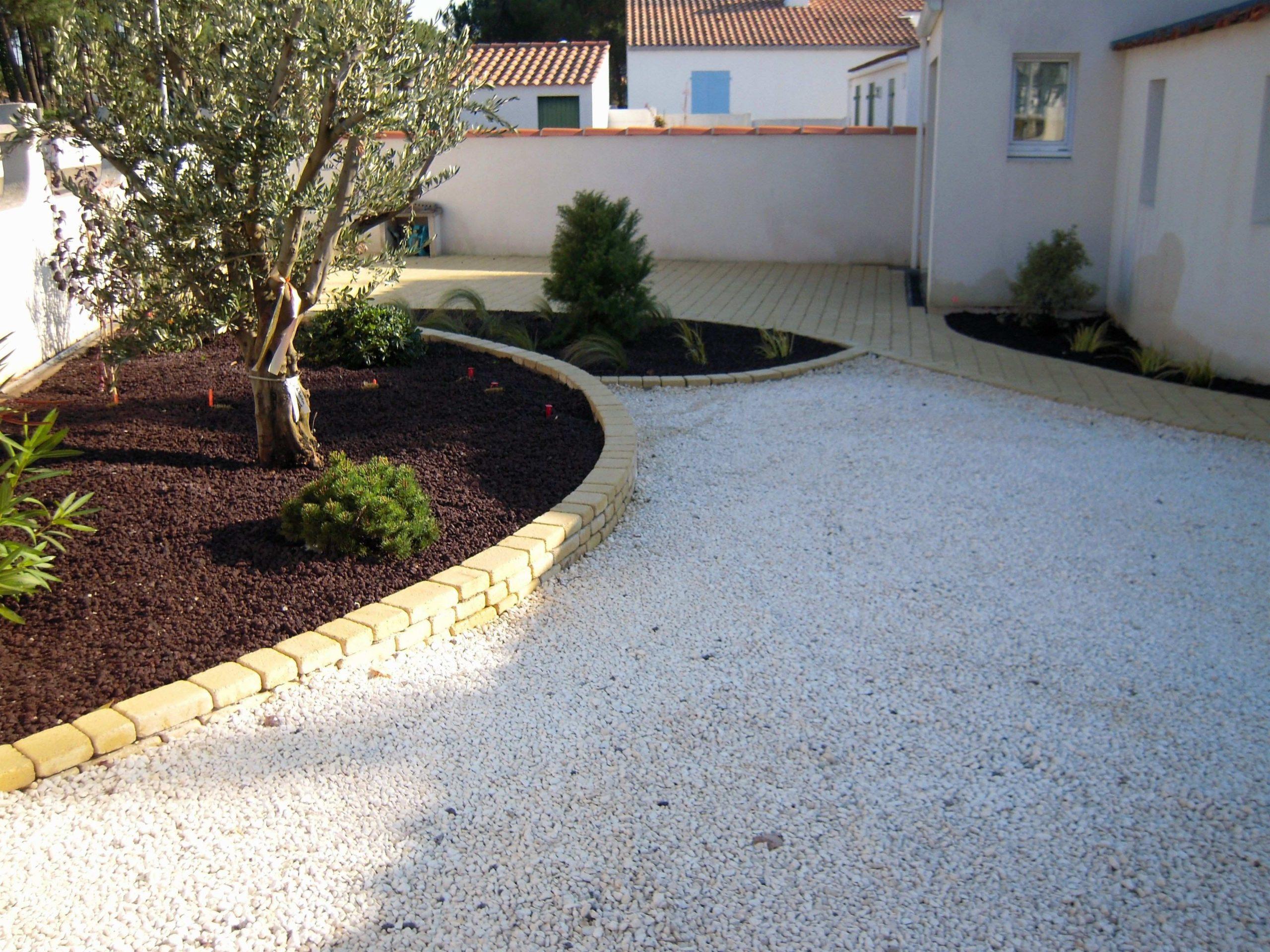 Cailloux Blanc Jardin Inspirational Allee De Jardin En ... serapportantà Caillou Pour Jardin