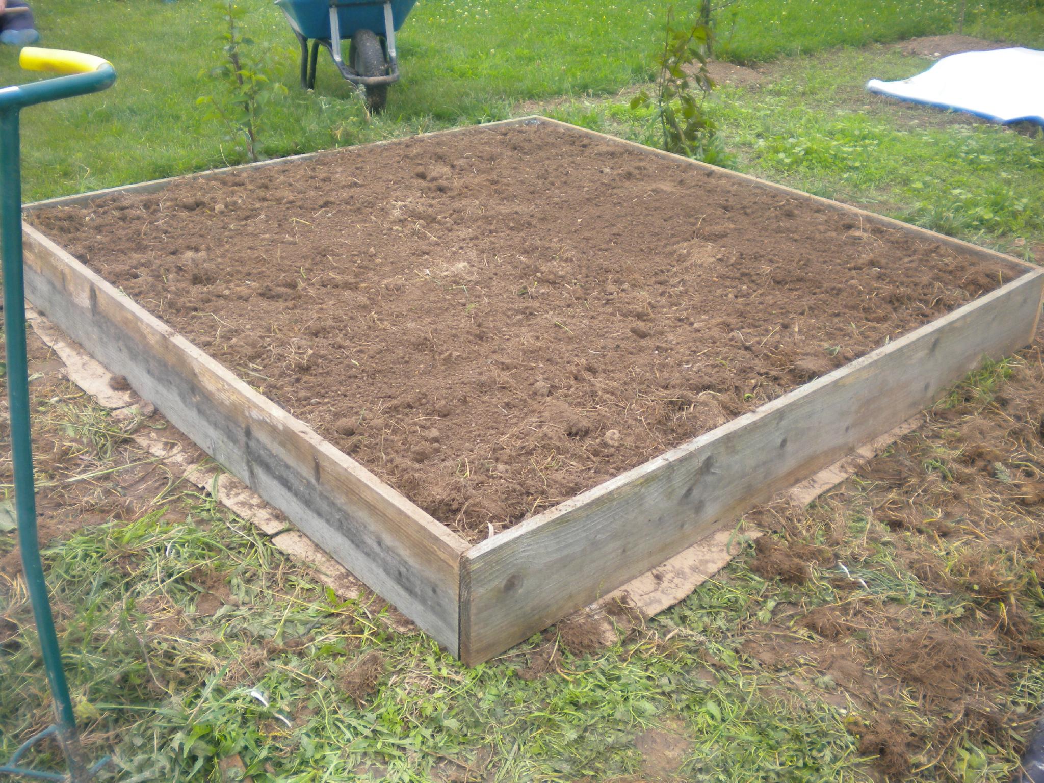 Carré Potager En Hauteur encequiconcerne Fabriquer Un Jardin En Hauteur