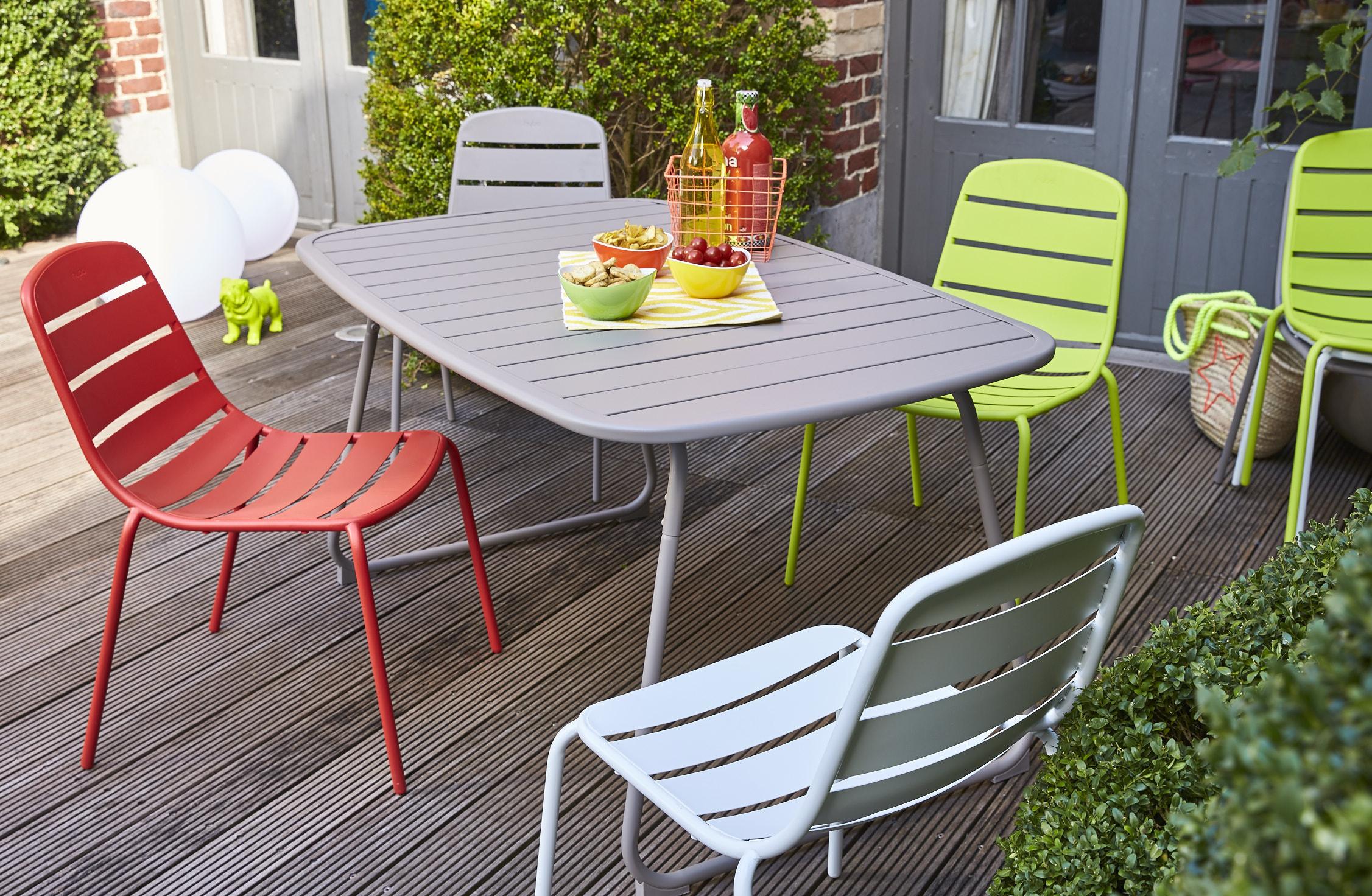 Carrefour : La Collection Mobilier De Jardin Printemps Été ... destiné Table Et Chaise De Jardin Carrefour