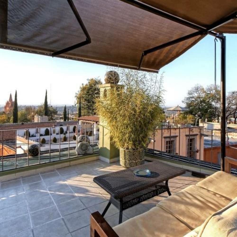 Casa Schuck Bed And Breakfast, Allende ( ̶3̶0̶5̶ ) Price ... intérieur Salon De Jardin Nevada