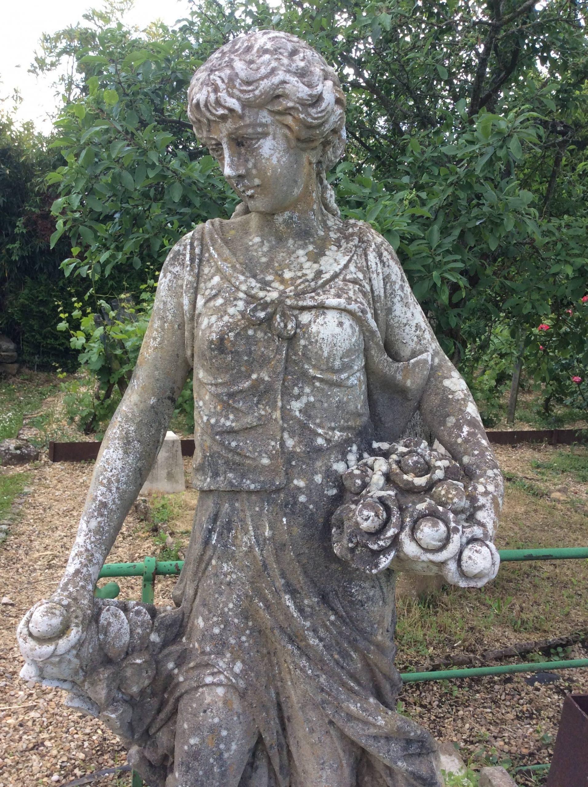 Catalogue D'ornement De Jardin. Contient Plusieurs Dizaines ... tout Statue De Jardin En Pierre Reconstituée