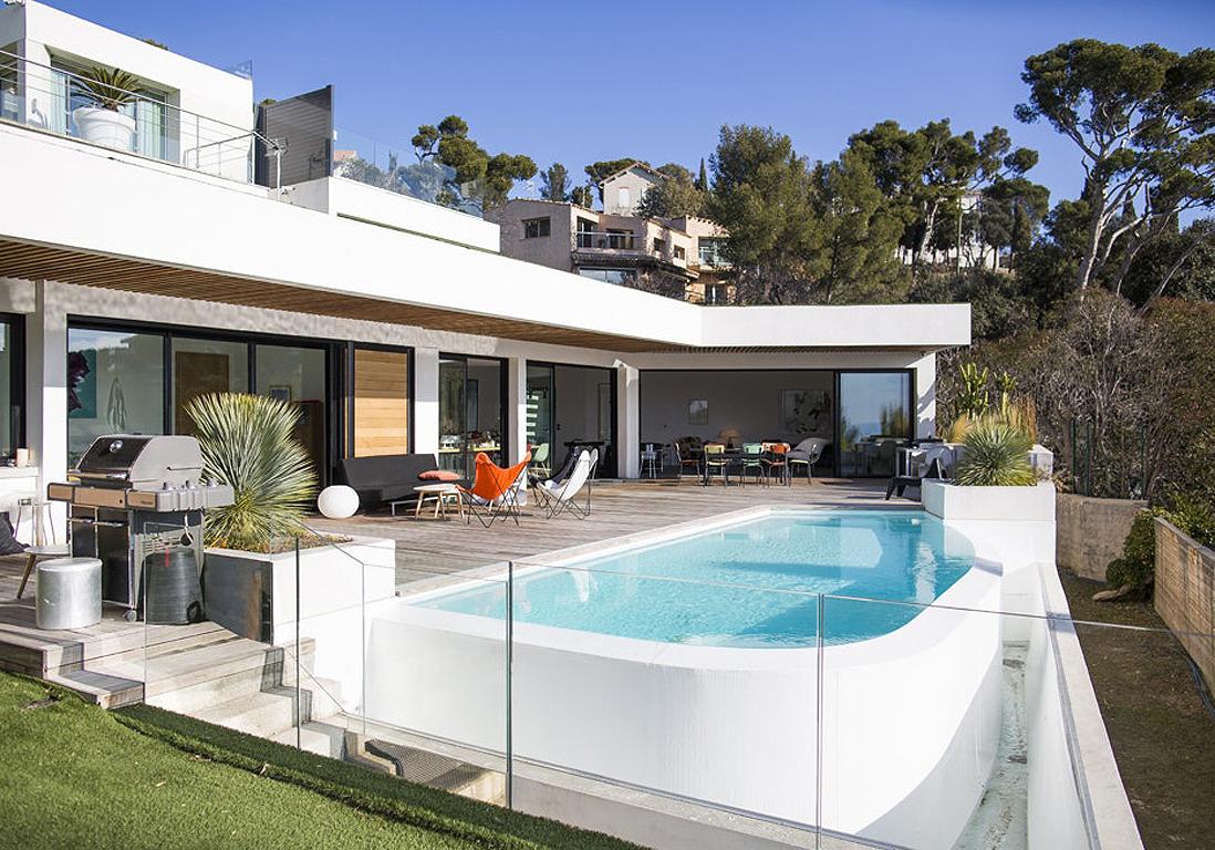 Ces Plus Belles Villas De France Vont Vous Faire Rêver ... pour Salon De Jardin Maison Du Monde