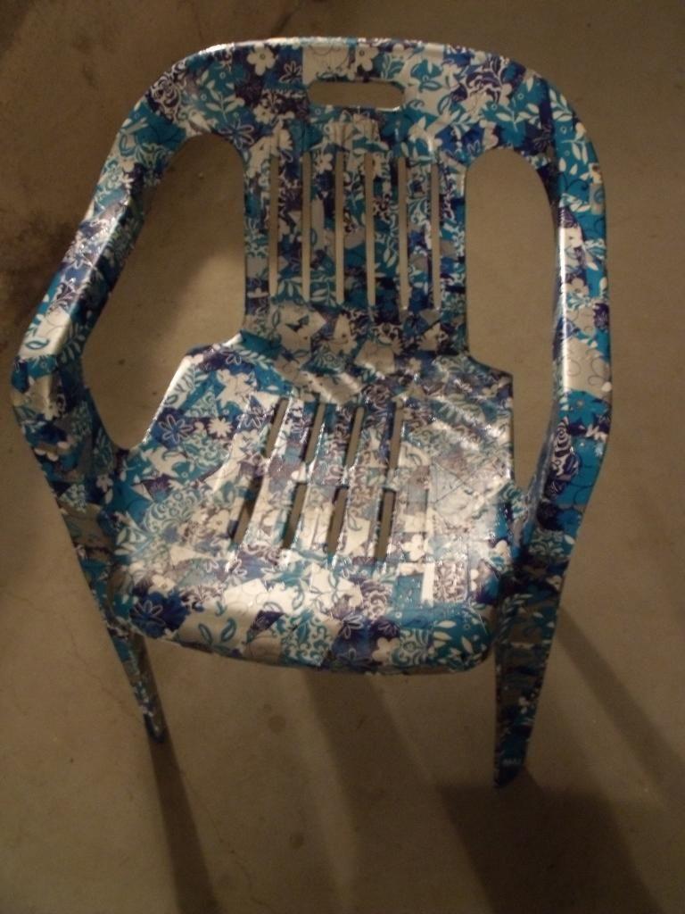 Chaise De Jardin | Cadeira De Plastico, Mesa De Plastico E ... dedans Casa Chaise De Jardin