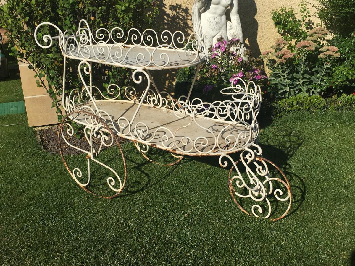 Chariot De Jardin En Fer Forgé - Antiquités Du Jardin, Fontaines pour Mobilier De Jardin Fer Forgé Ancien