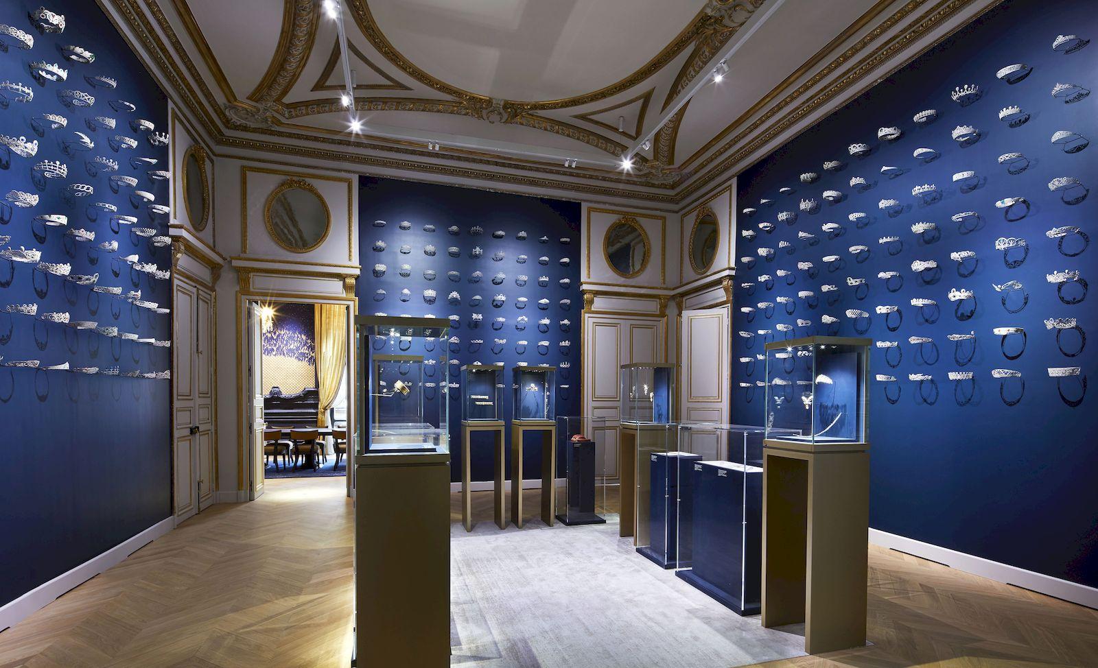 Chaumet Flagship Reopens At 12 Place Vendôme In Paris tout Hyper U Salon De Jardin