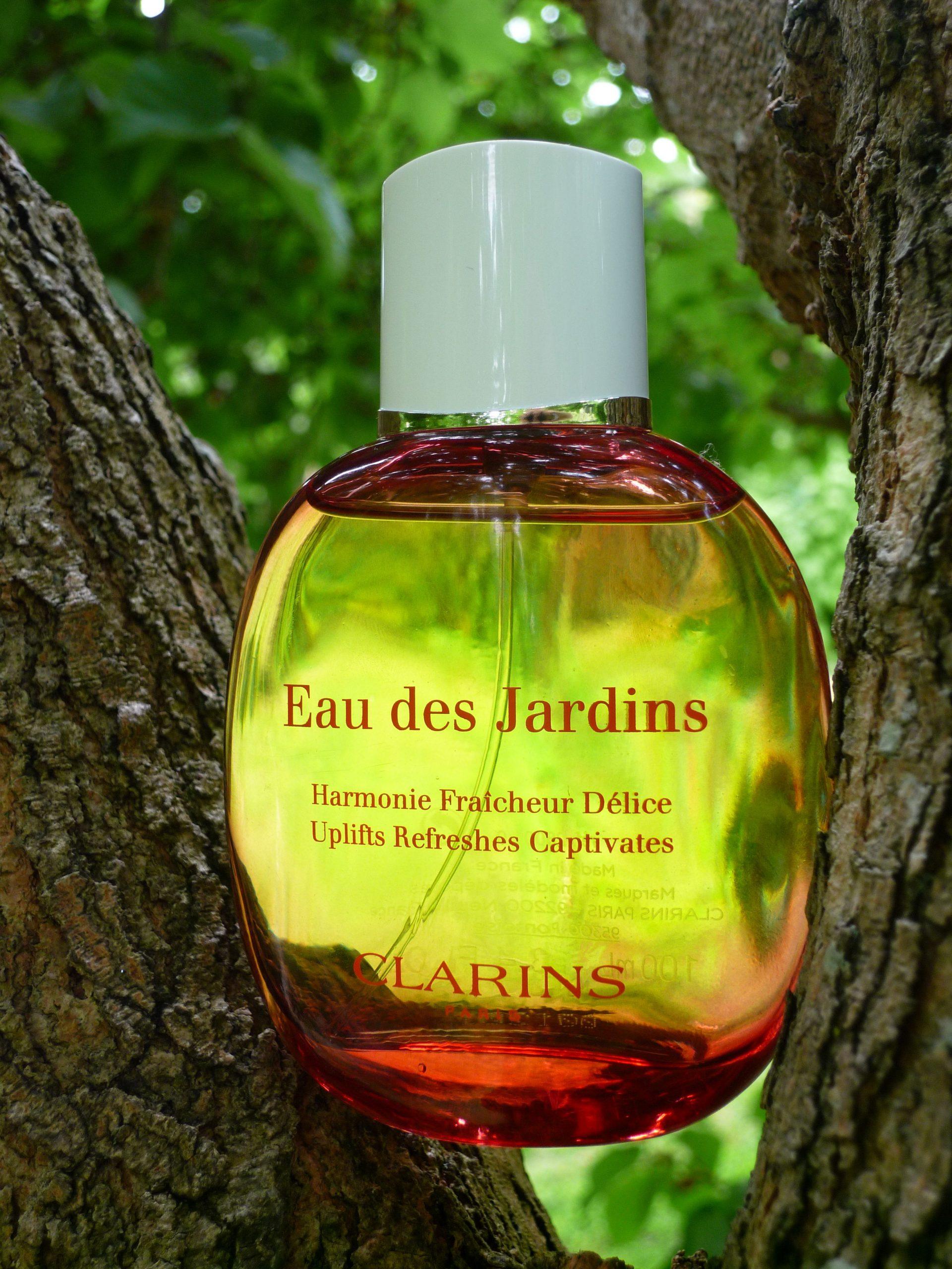 Clarins Eau Des Jardins « The Scent Critic avec Eau De Jardin Clarins