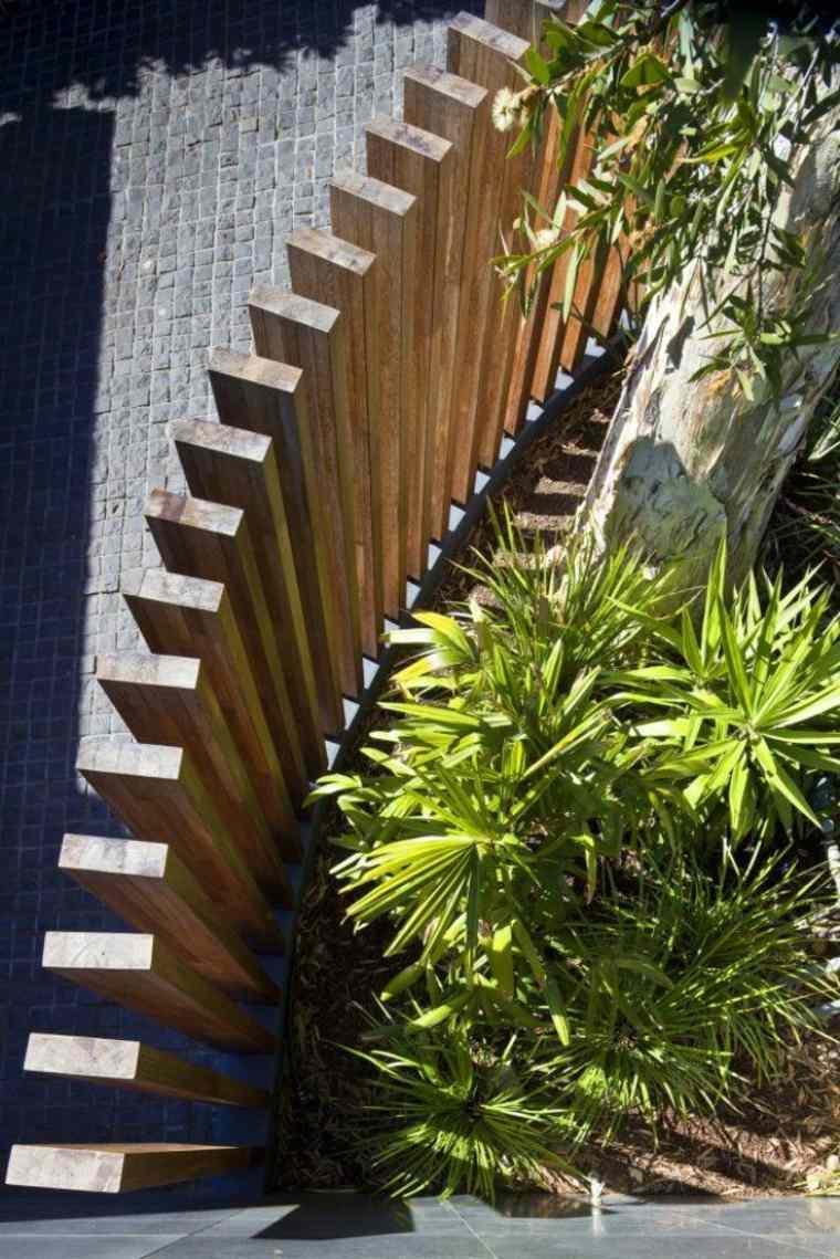 Cloture Jardin Bois Pour Un Extérieur Tout Naturel concernant Petite Barriere Jardin