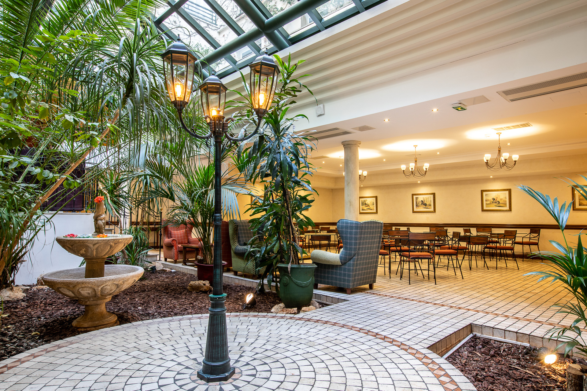 Cocktail Bar & Winter Garden For Private & Corporate Events encequiconcerne Jardin Du Marais Hotel Paris