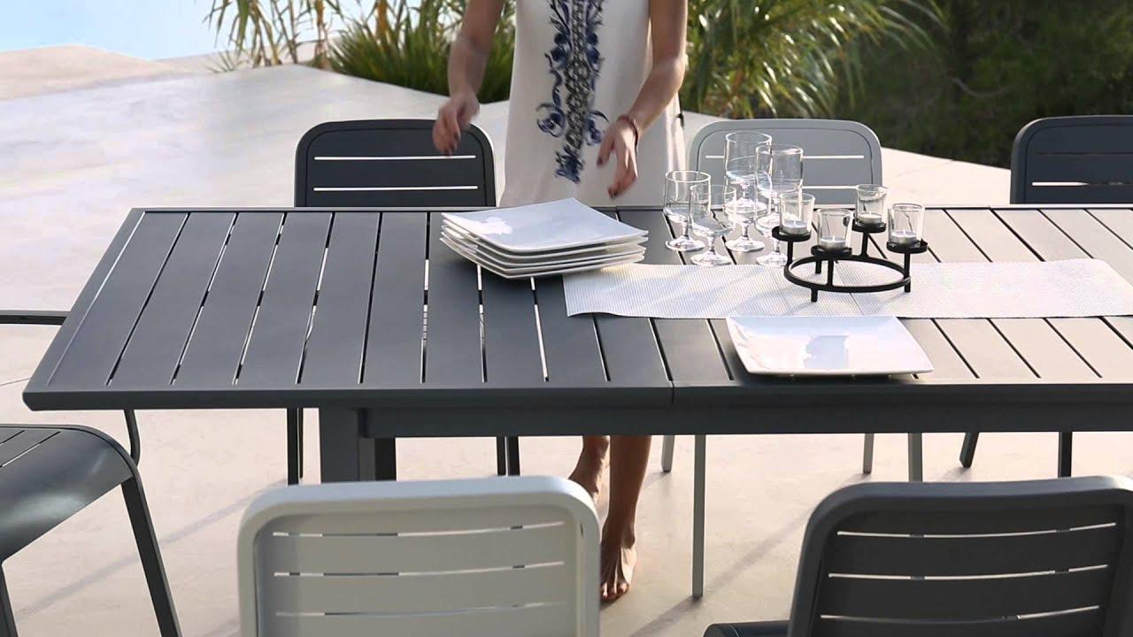 Collection Mobilier De Jardin 2016 Hyba Chez Carrefour : La Ligne Alu 152 intérieur Table Et Chaise De Jardin Carrefour