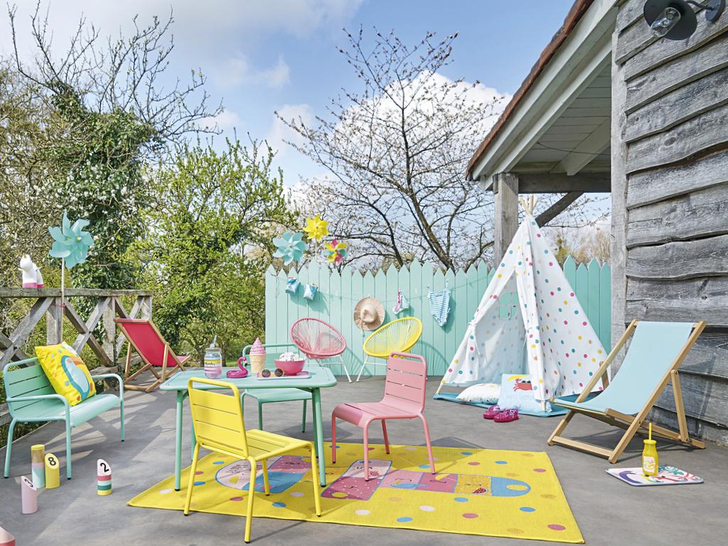 Comme Les Grands : Un Salon De Jardin Pour Enfant - Joli Place serapportantà Salon De Jardin Pour Enfant