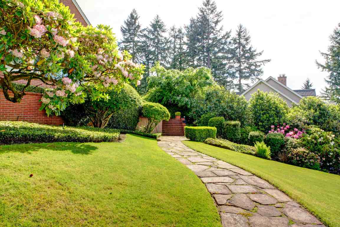 Comment Aménager Un Grand Jardin ? concernant Comment Creer Un Jardin Paysager