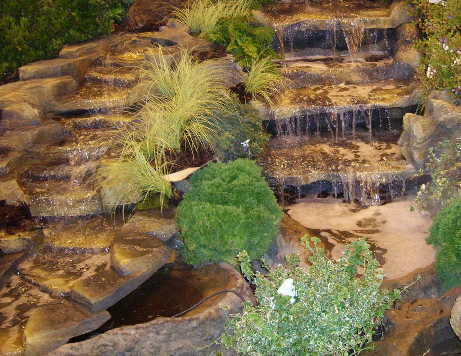 Comment Construire Sa Cascade ? - Expert Bassin concernant Creation Cascade Bassin Jardin