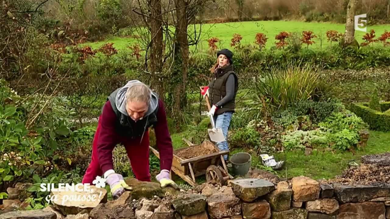Comment Construire Une Rocaille - Silence, Ça Pousse ! concernant Modeles De Rocailles Jardin