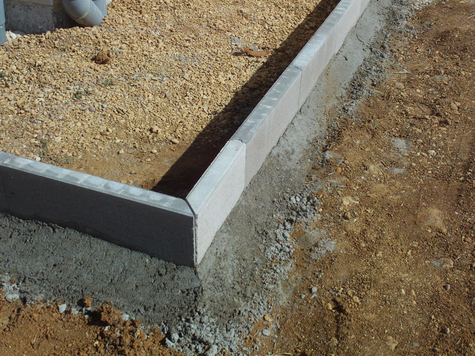 Comment Couper Des Angles Bordure En Beton - 12 Messages tout Bordure De Jardin Beton