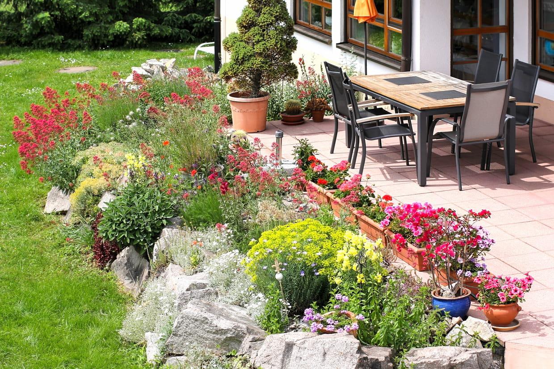 Comment Créer Un Jardin De Rocaille ? serapportantà Amenagement Petit Jardin Mediterraneen