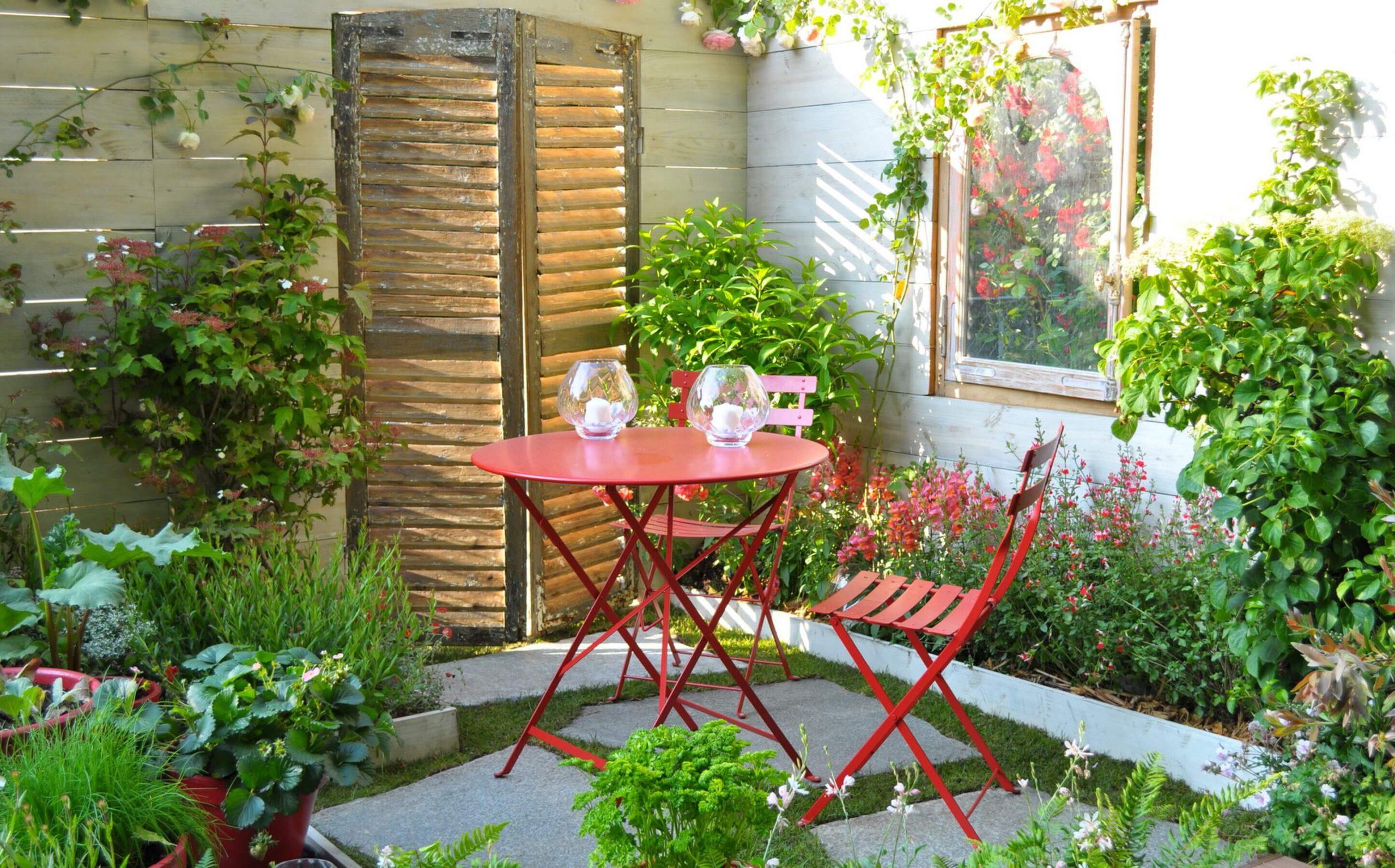 Comment Créer Un Petit Jardin De Ville ? - Le Blog De ... intérieur Petite Barriere Jardin