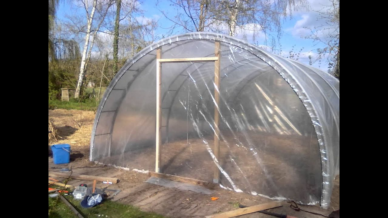 Comment Fabriquer Une Serre De Jardin ? intérieur Faire Sa Serre De Jardin Soi Meme