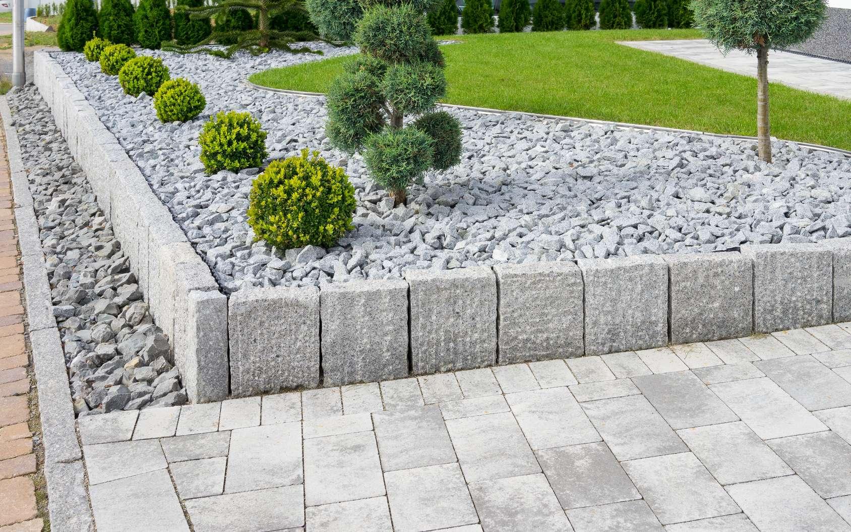 Comment Faire Une Rocaille Dans Un Jardin ? serapportantà Grosse Pierre Decoration Jardin