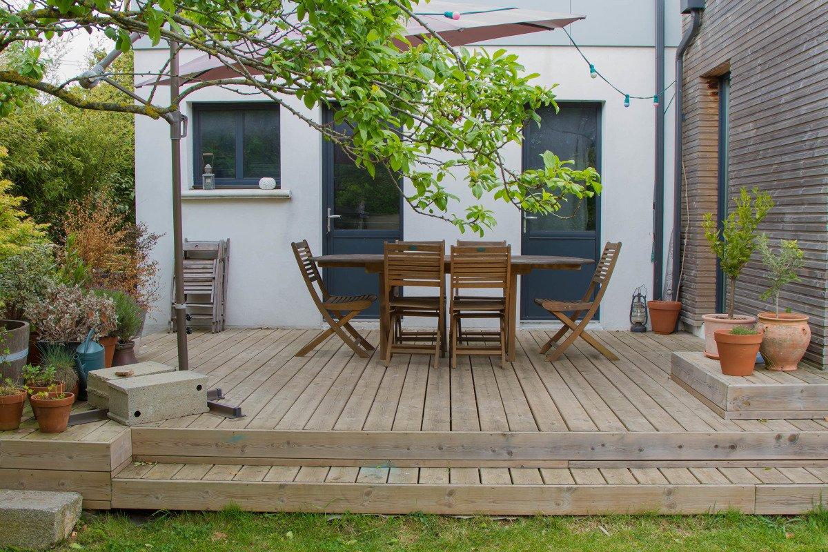 Comment Faire Une Terrasse En Bois : Conseils Et Pas À Pas tout Caillebotis De Jardin