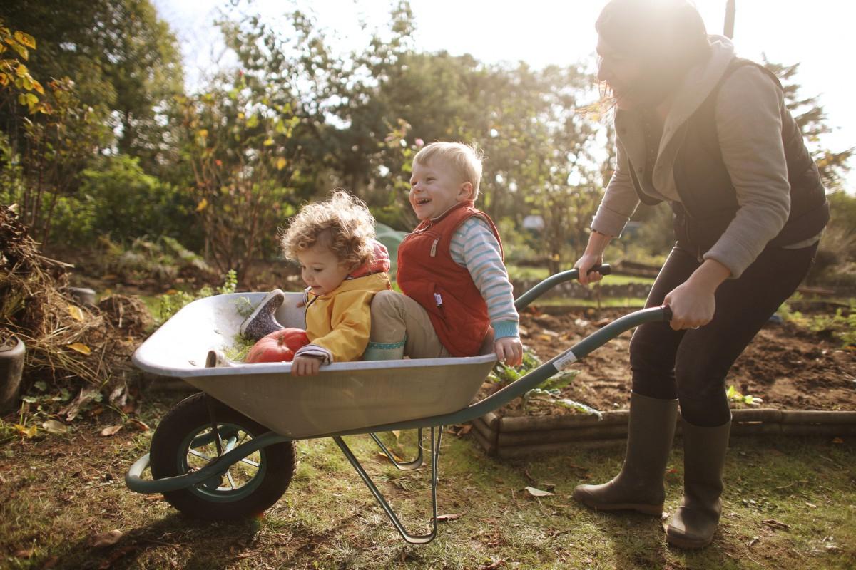 Confinement : Peut-On Sortir Dans Son Jardin ? destiné Aménagement Jardin Avec Spa