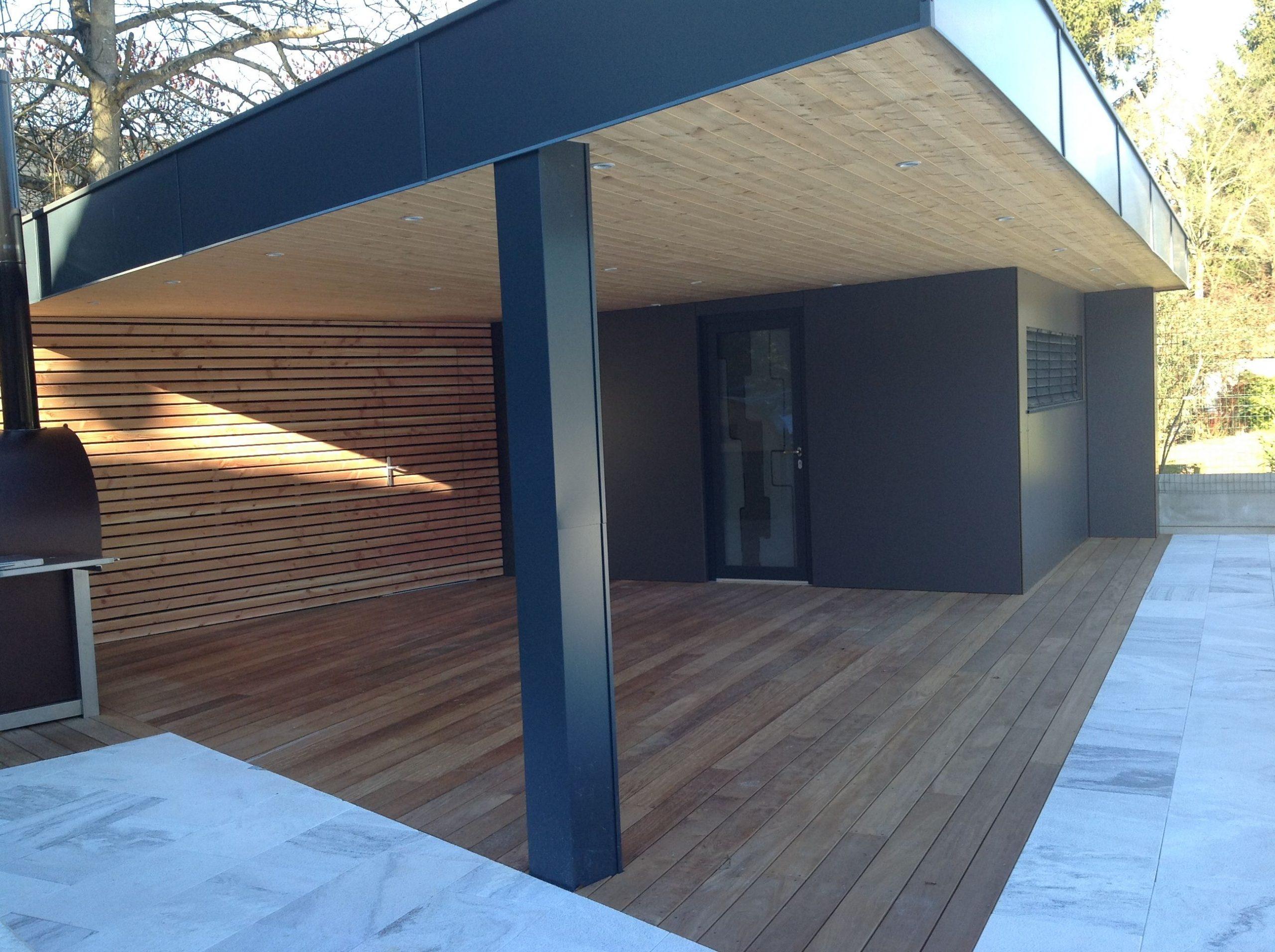 Construction D'un Abri De Jardin Design En Ossature Bois En ... pour Construction Abri De Jardin En Bois