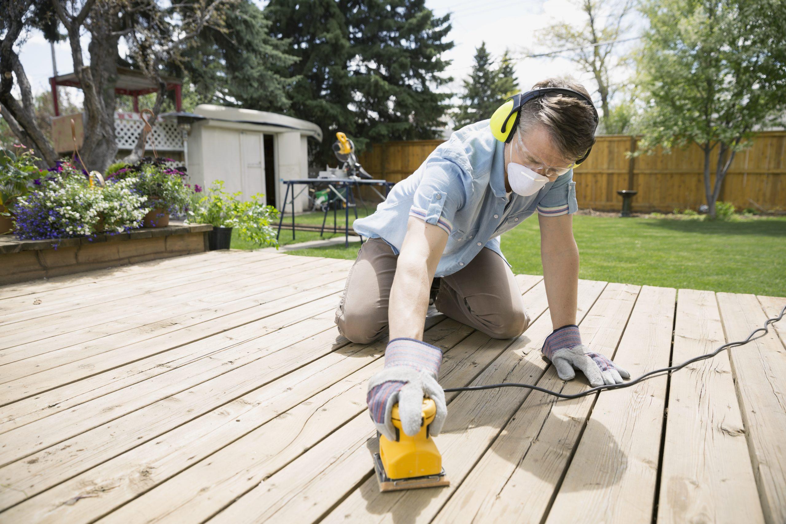 Construction D'un Abri De Jardin - Maison&travaux pour Comment Faire Un Abri De Jardin