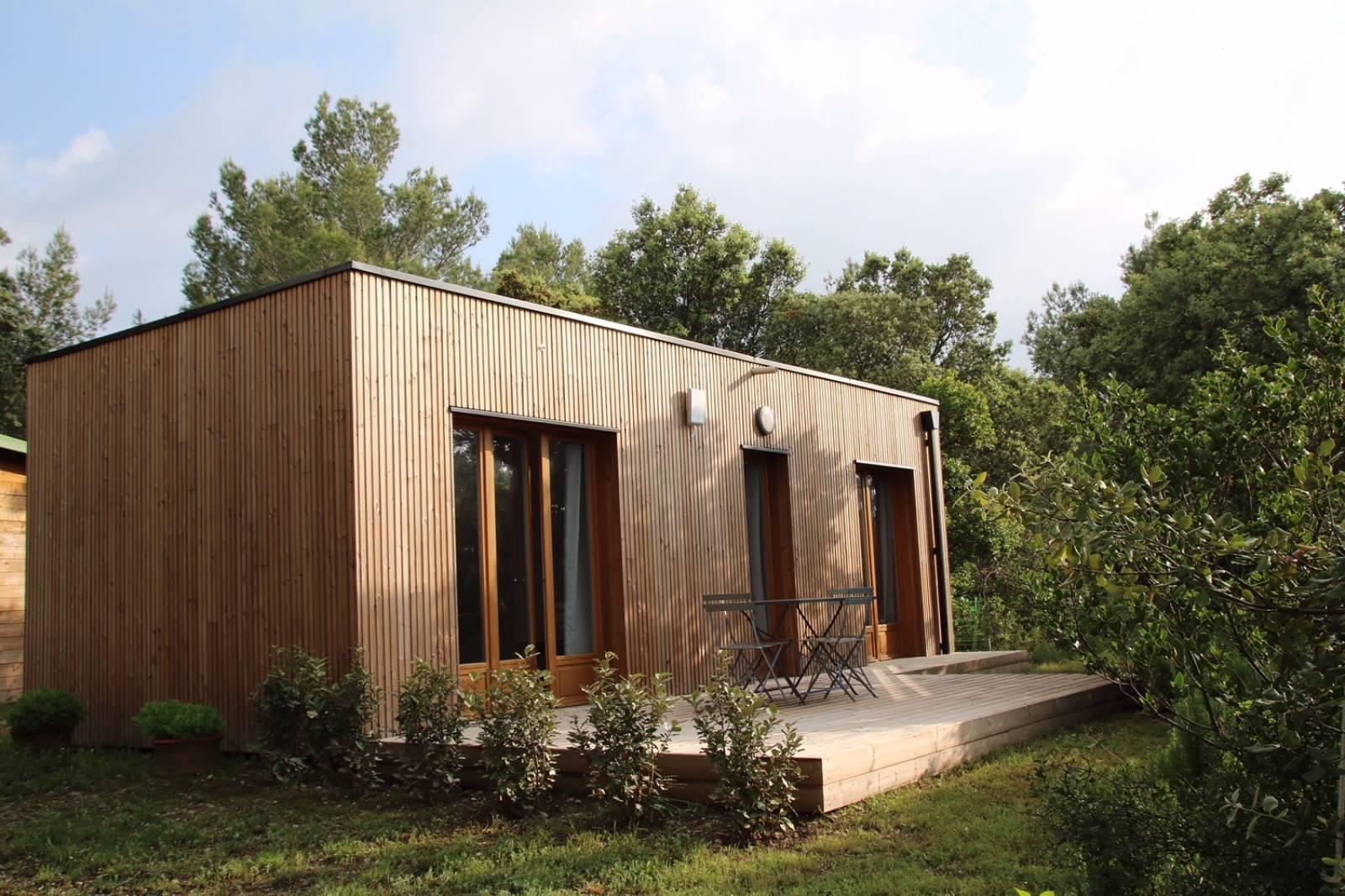 Construction D'un Studio De Jardin Habitable En Bois À Aix ... tout Studio De Jardin Habitable