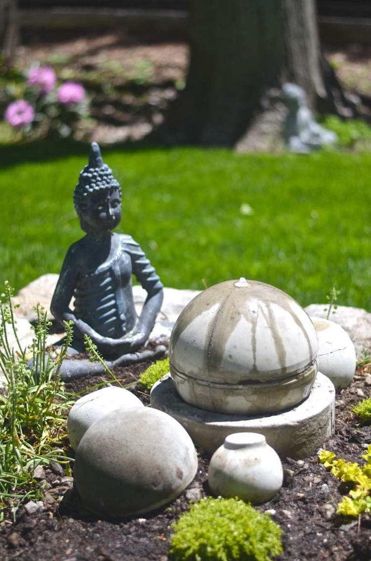 Construire Une Fontaine Extérieure Pour Apporter De L ... tout Construire Fontaine De Jardin