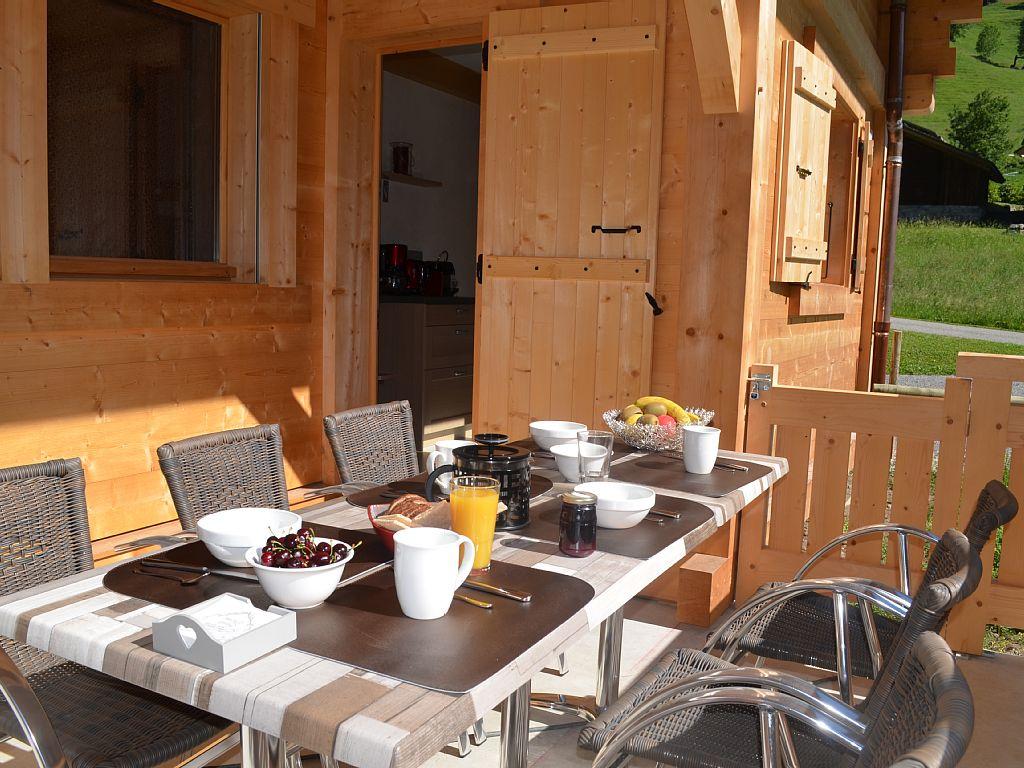 Cottage Chalet Antoline À Le Grand-Bornand En Haute-Savoie intérieur Salon De Jardin Table Haute