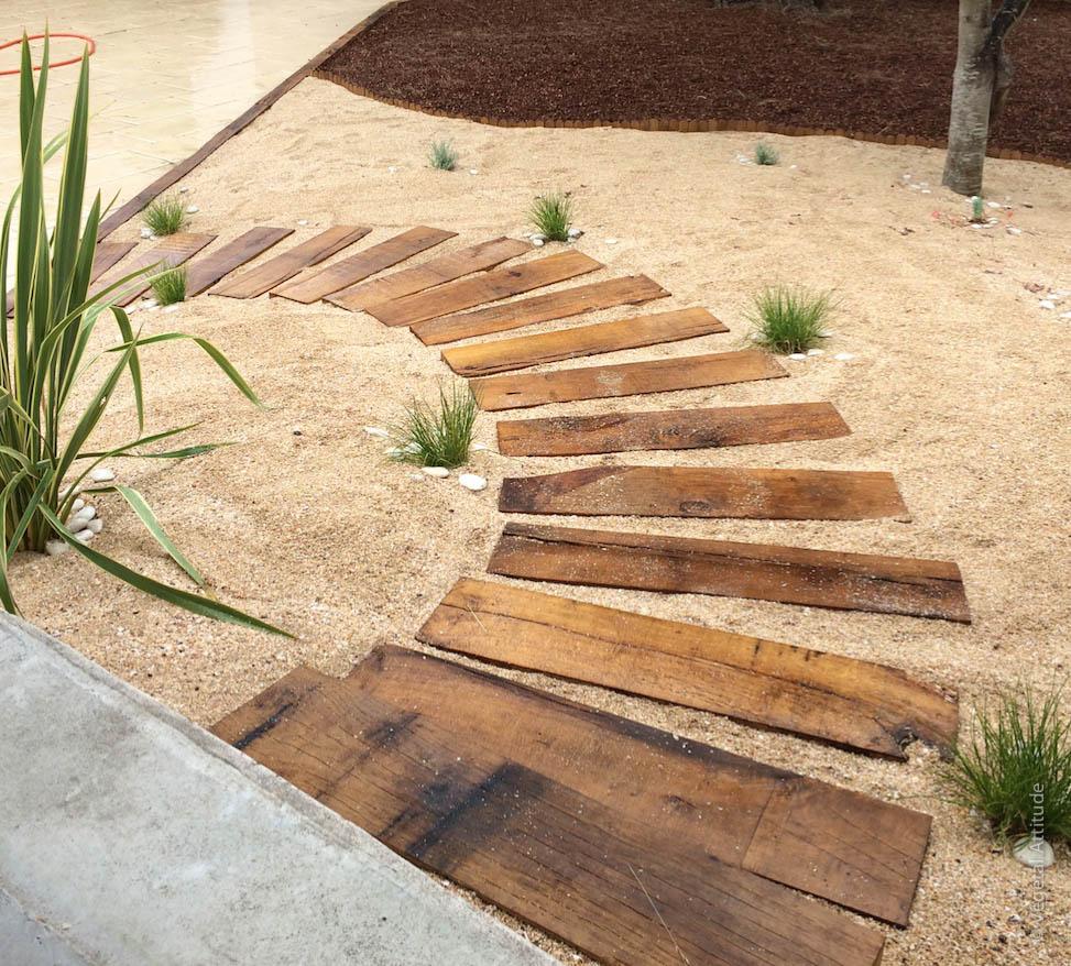Création D'allée De Jardin, Paysagiste La Rochelle Ile De Ré destiné Allée De Jardin En Bois