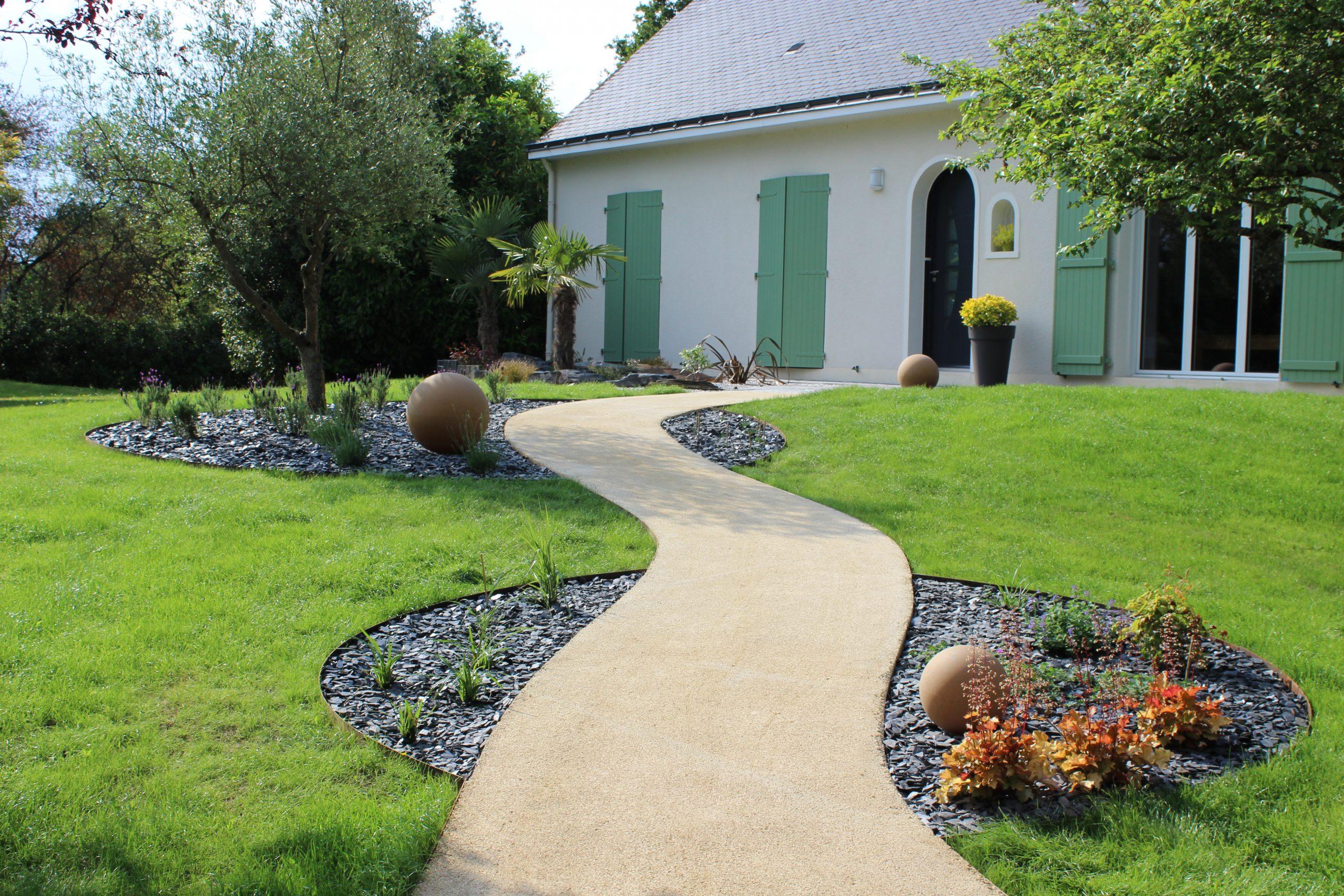 Création D'allée De Jardin St Lèger Des Bois - Paysagiste Angers tout Allée De Jardin En Bois