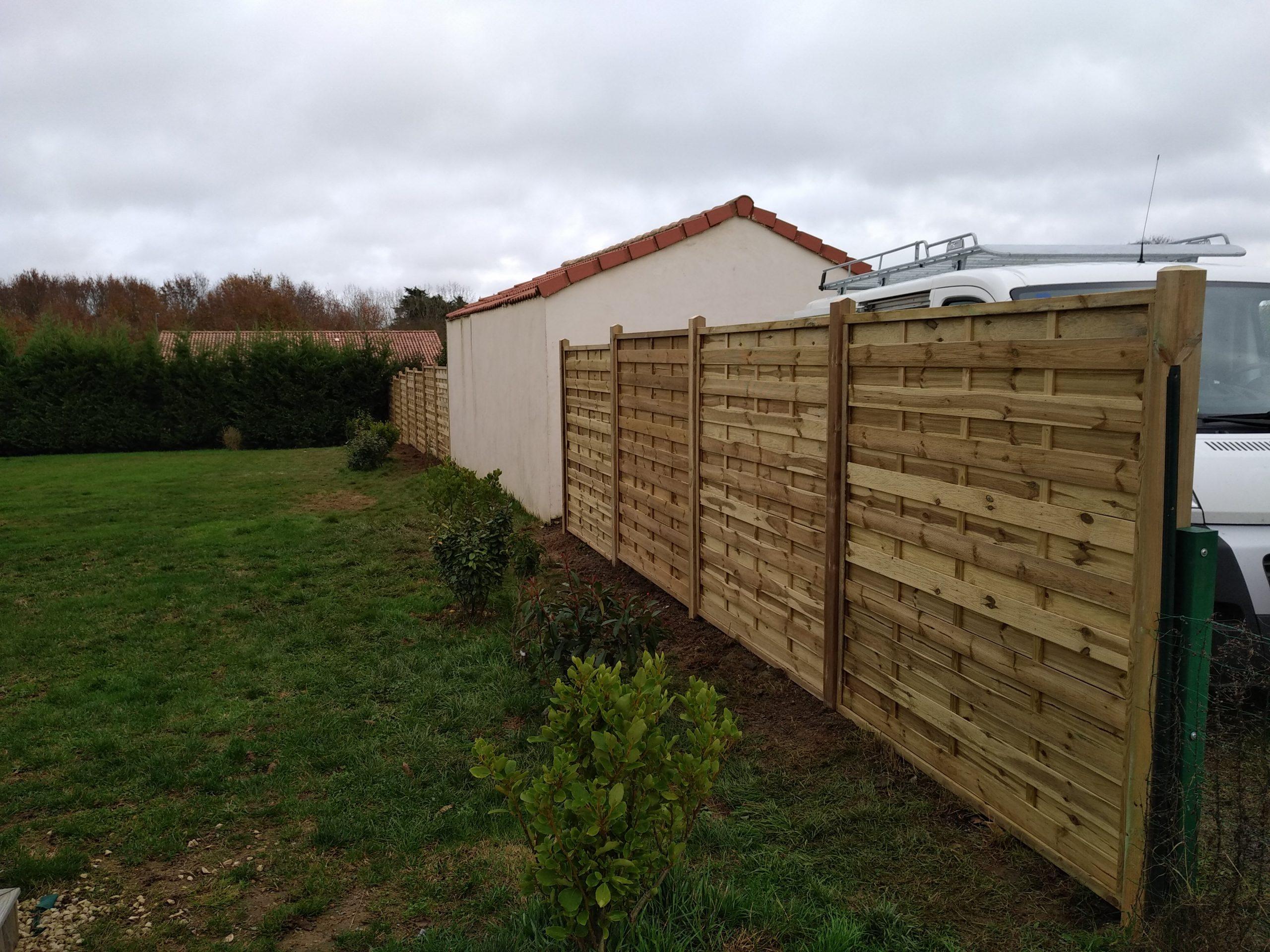 Création De Terrasse Bois - Ccbe tout Barrière Bois Jardin