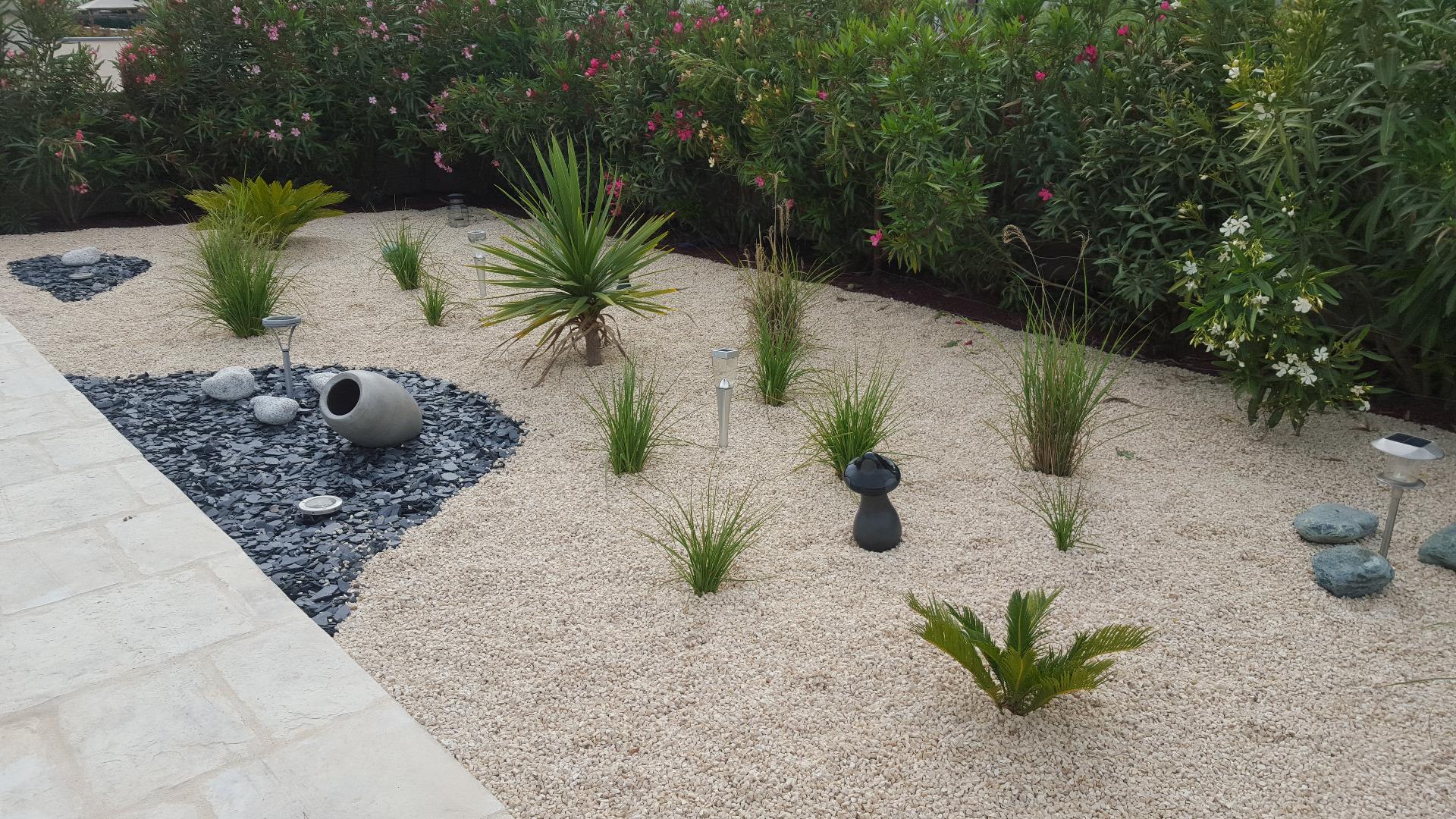 Création D'un Jardin Sec: Un Beau Jardin Avec Peu D'entretien. encequiconcerne Creer Un Jardin Sec