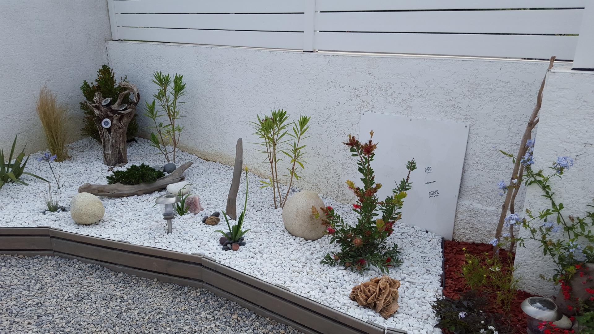 Création D'un Jardin Sec: Un Beau Jardin Avec Peu D'entretien. intérieur Creer Un Jardin Sec