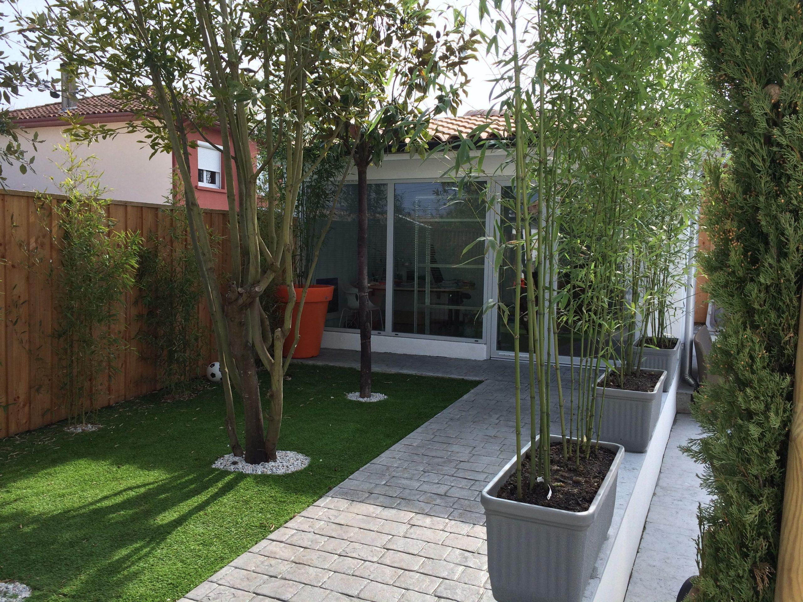 Créer Un Jardin Sans Entretien Devant Votre Bureau ... destiné Entretien Jardin Bordeaux