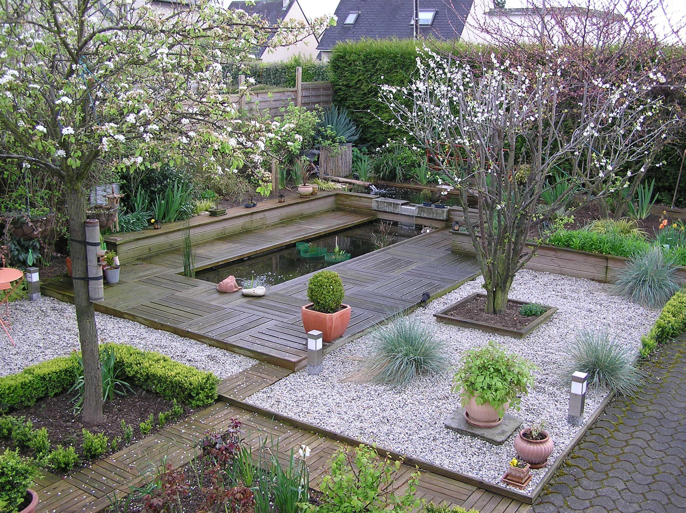 Créer Une Pièce D'eau Dans Son Jardin. | Jardin | Jardins ... pour Créer Un Bassin De Jardin