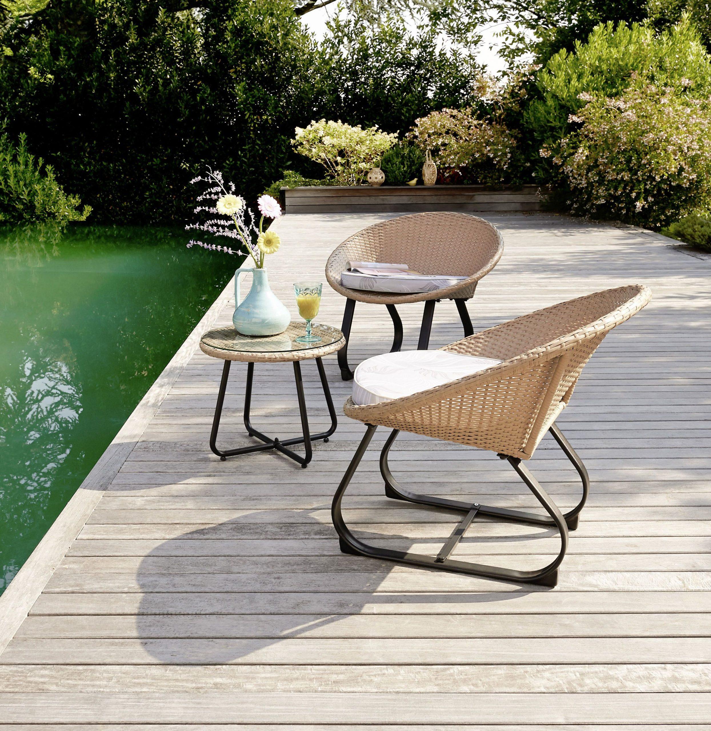 Créez Un Espace Détente Et Cosy Avec Notre Set De 3 Pièces ... tout Intermarché Table De Jardin