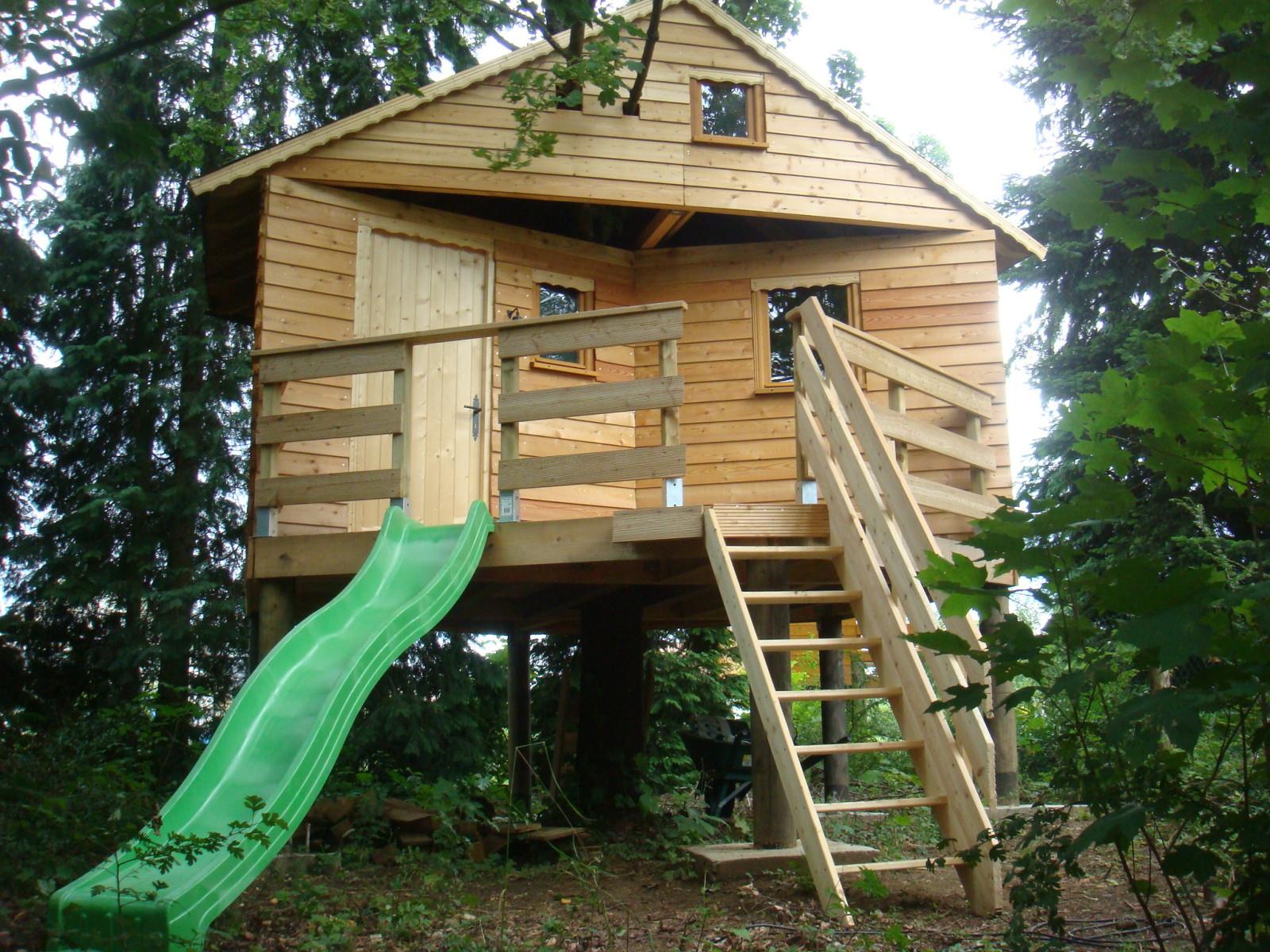 Cuisine: Etapes Photos Ment Monter Cabane En Bois Sur ... destiné Construire Une Cabane De Jardin Soi Meme