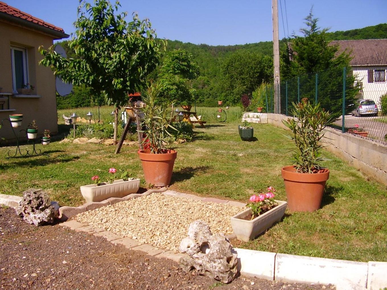 Cuisine: Miroir De Jardin – Des Idã©Es Pour Agrandir L ... pour Aménagement Jardin Pas Cher