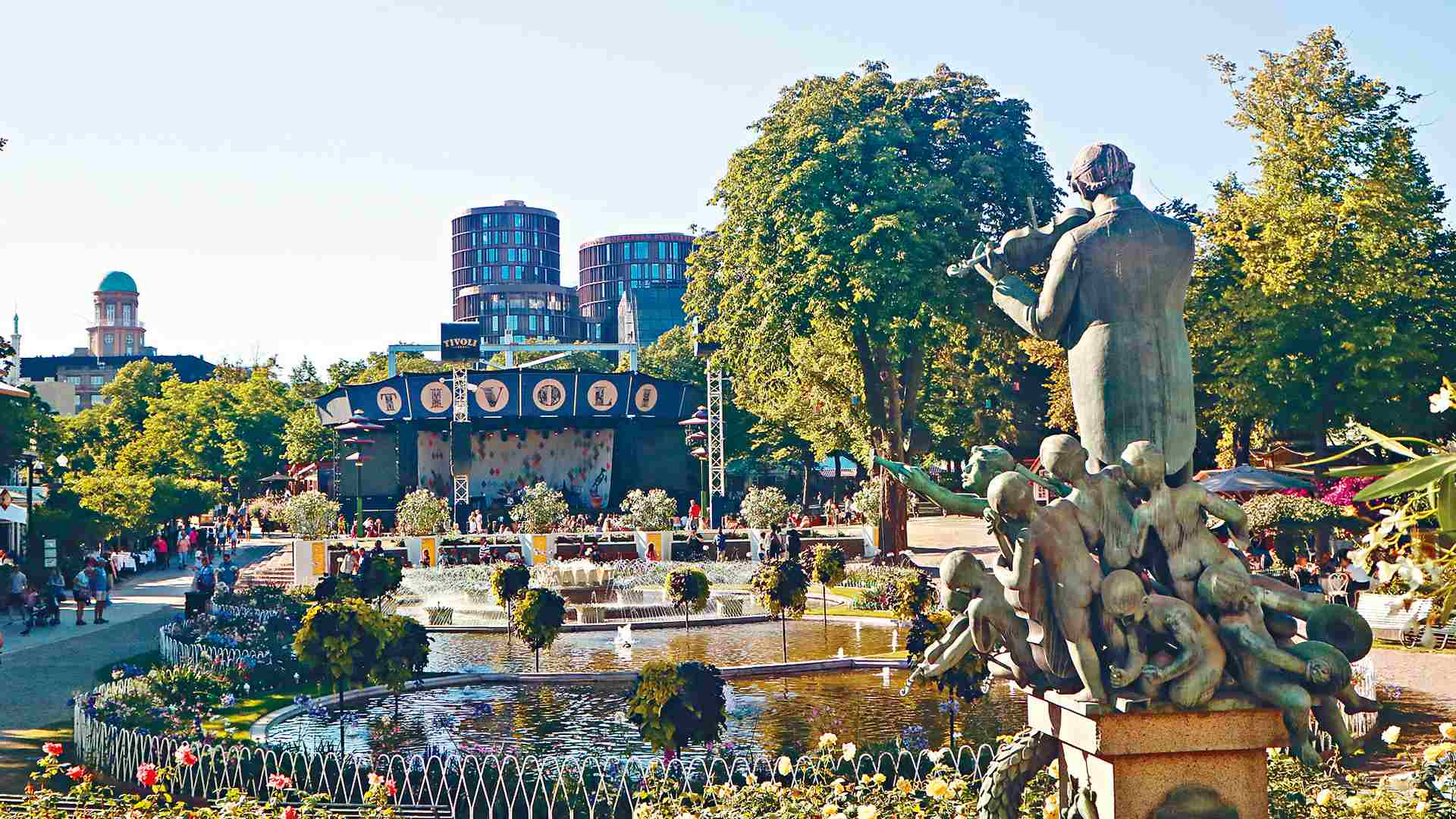 Danemark : 175E Anniversaire Des Jardins De Tivoli - Cgtn intérieur Statues De Jardin Occasion