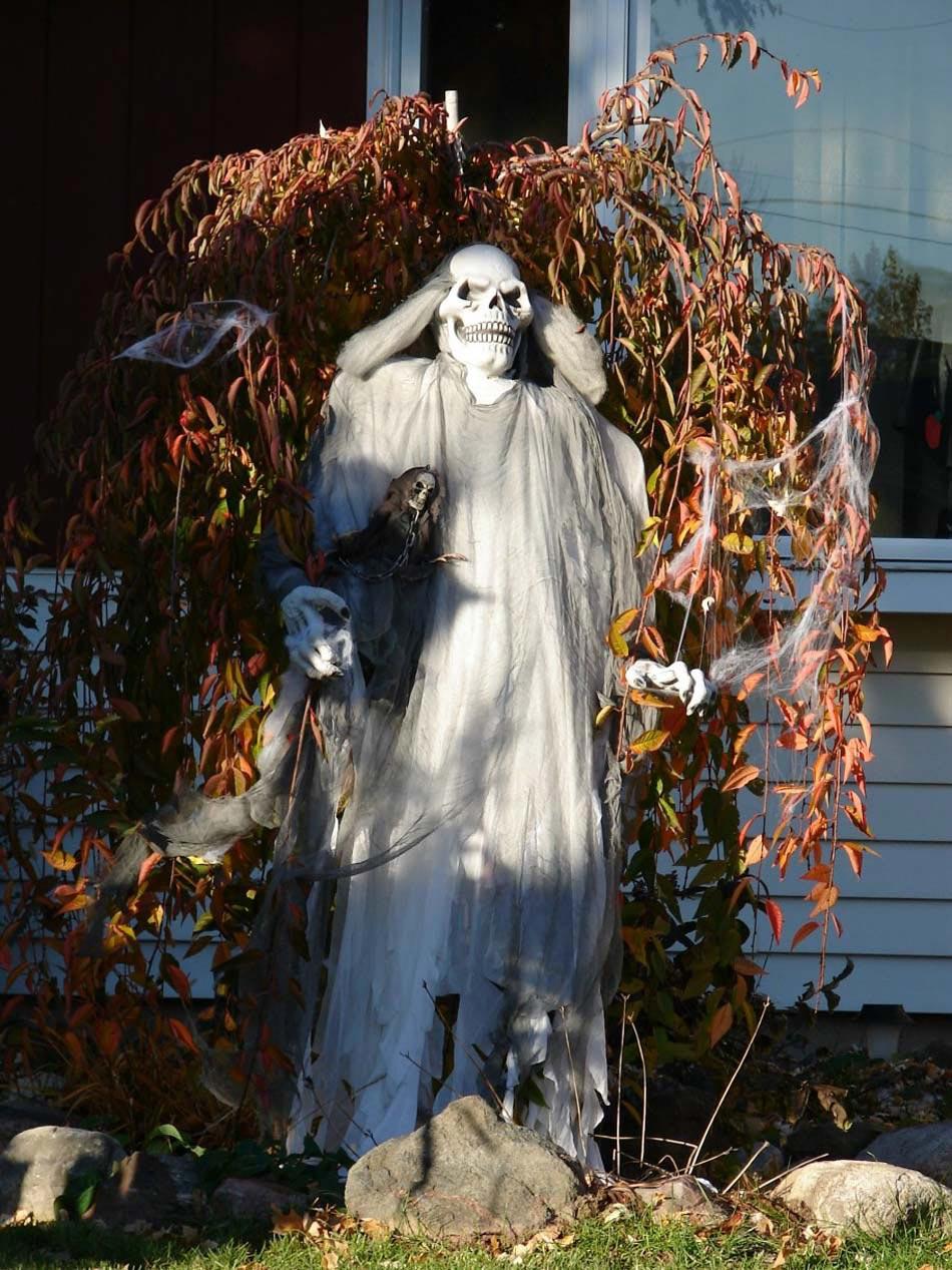 Décoration Halloween : 16 Inspirations En Images Pour ... encequiconcerne Deco Jardin Halloween