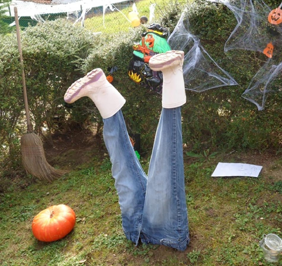 Décoration Halloween Pour Un Jardin Qui Donne La Chair De ... avec Deco Jardin Halloween