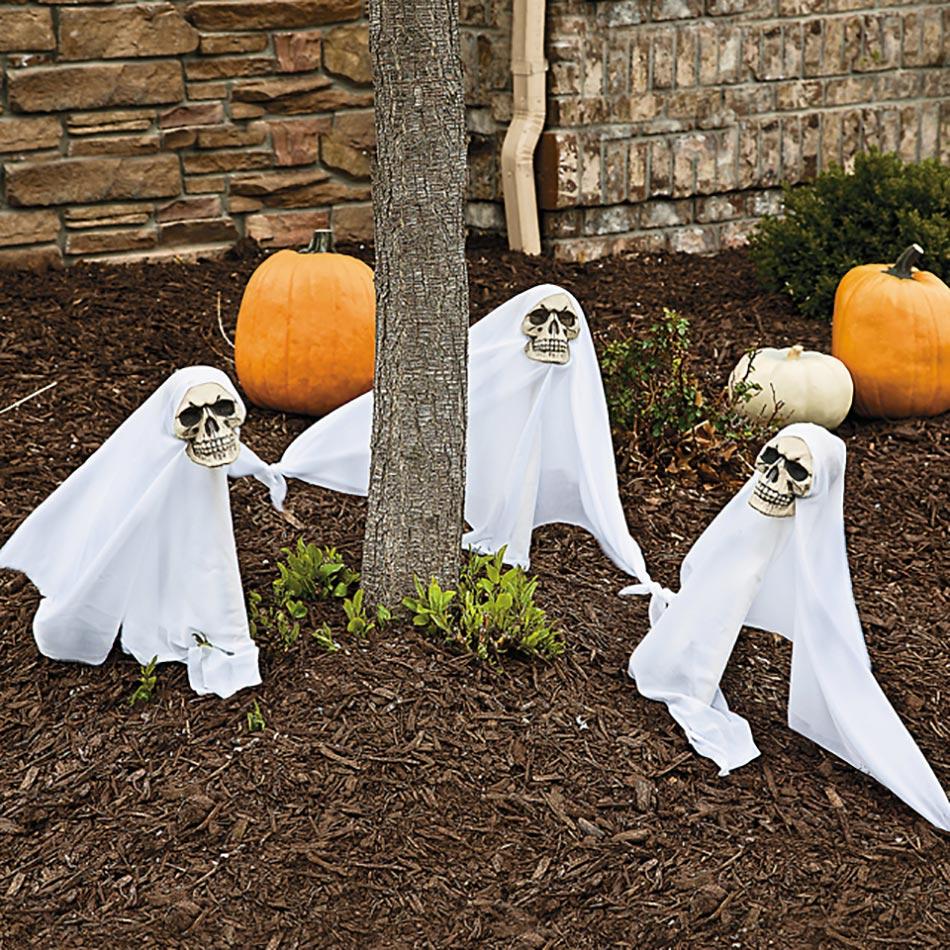Décoration Halloween Pour Un Jardin Qui Donne La Chair De ... concernant Deco Jardin Halloween