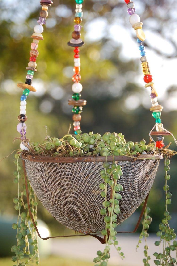 Décoration Jardin En Objets De Récupération En 31 Idées ... à Objet Decoration Jardin