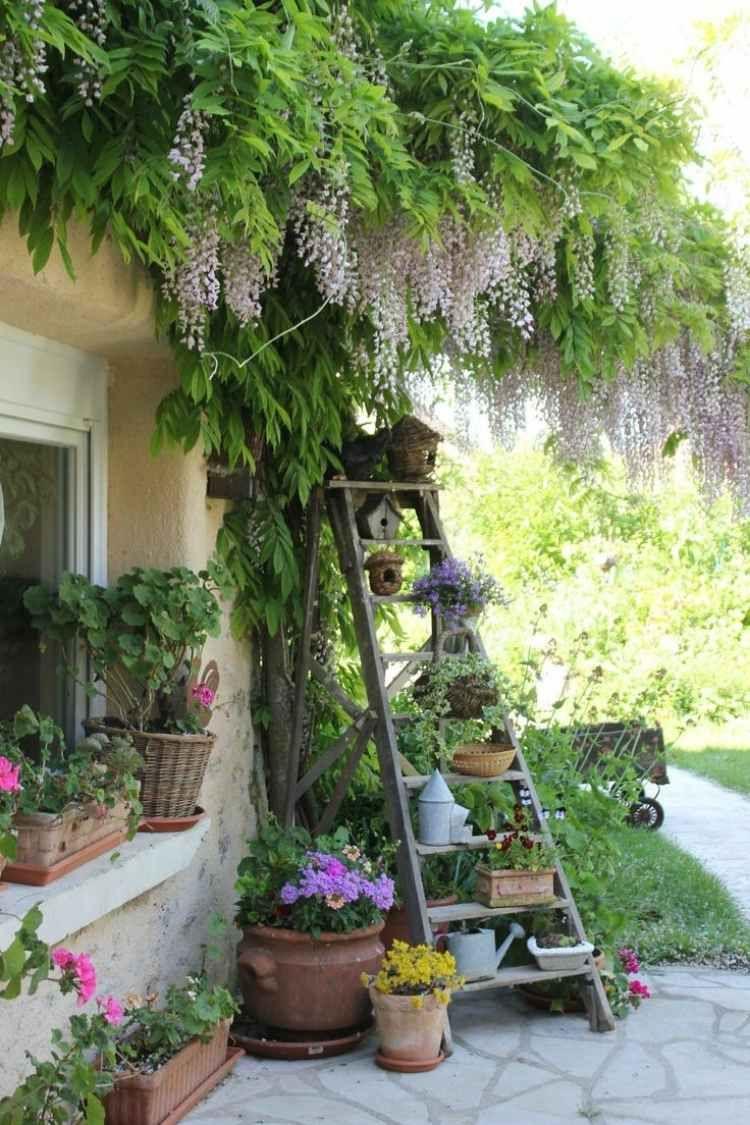 Décoration Jardin En Objets De Récupération En 31 Idées ... concernant Escabeau Jardin