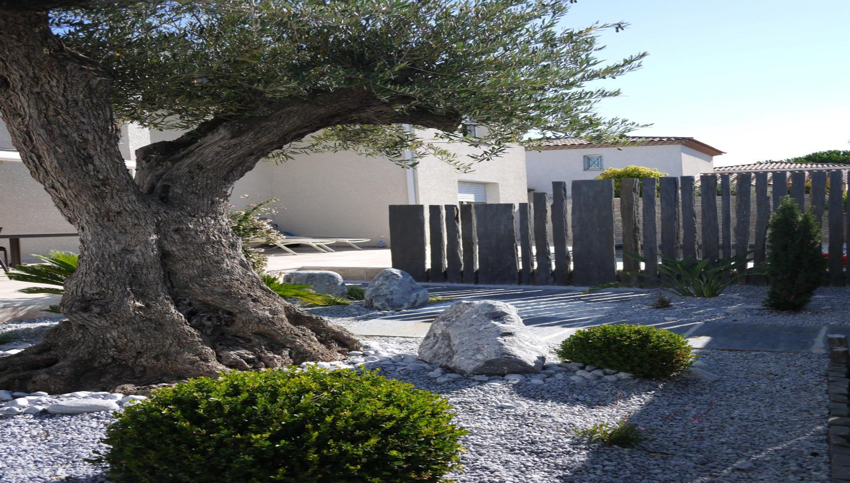 Décoration Jardin Montpellier Nimes encequiconcerne Ardoise Deco Jardin